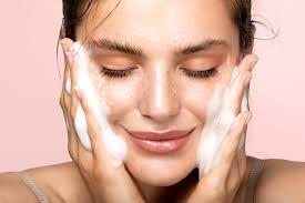 روتین پوستی برای داشتن پوستی شاداب تر