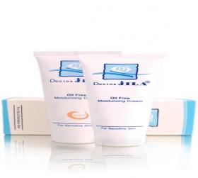 کرم مرطوب کننده با چربی کنترل شده مناسب پوست های چرب و مختلط دکتر ژیلا 60 گرم